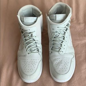 Nike  Women's AJ1 REBELS XX OFF WHITE